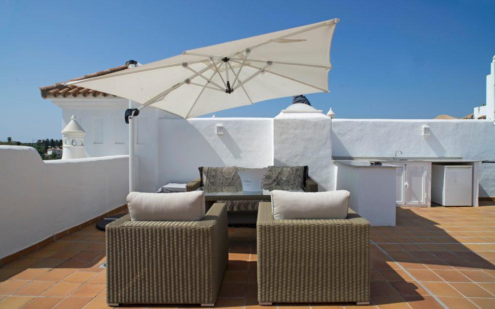 Penthouse avec grand solarium à Estepona – HRP1125