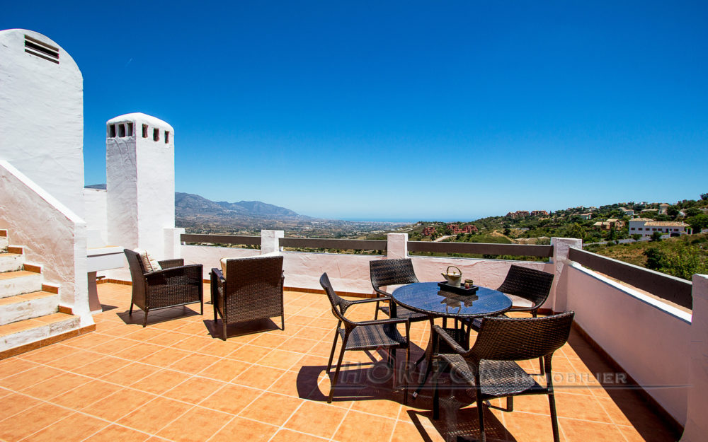 Beautiful penthouse with fantastic views – HRP782