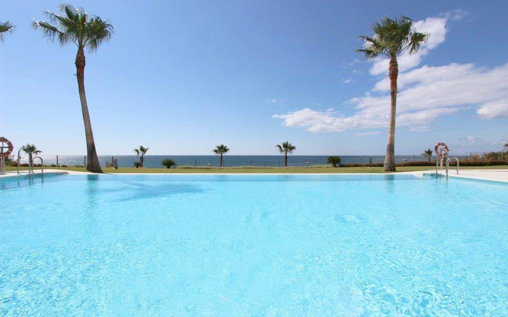 Magnifique appartement moderne face à la mer – R3209290