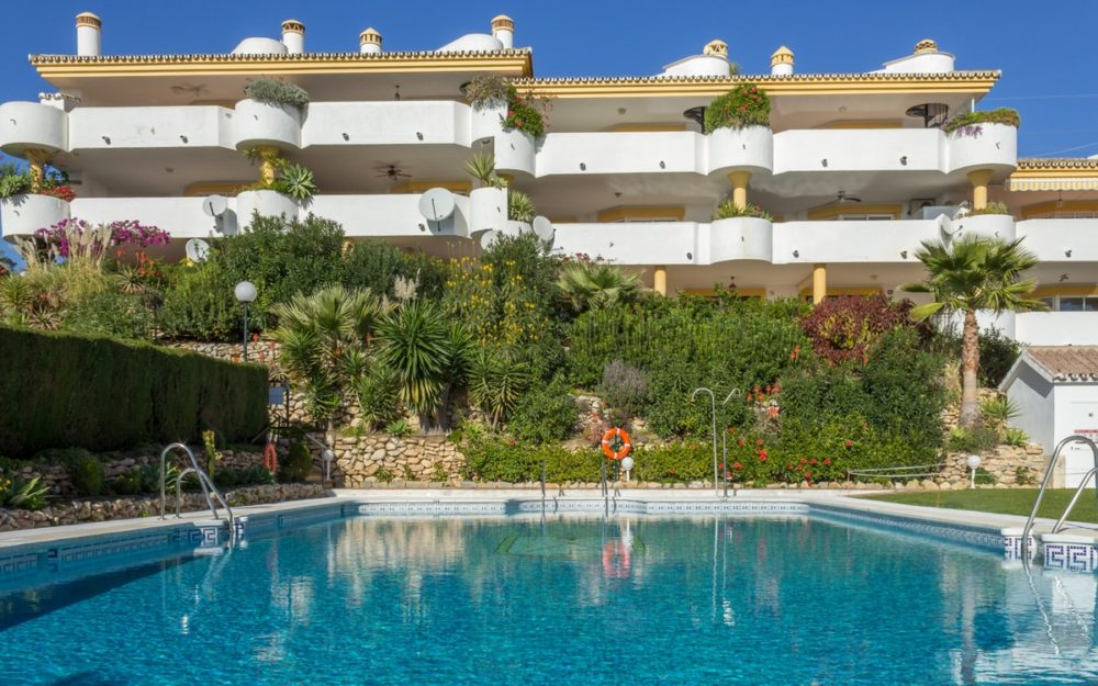 Lovely apartment in Calahonda – R3450247
