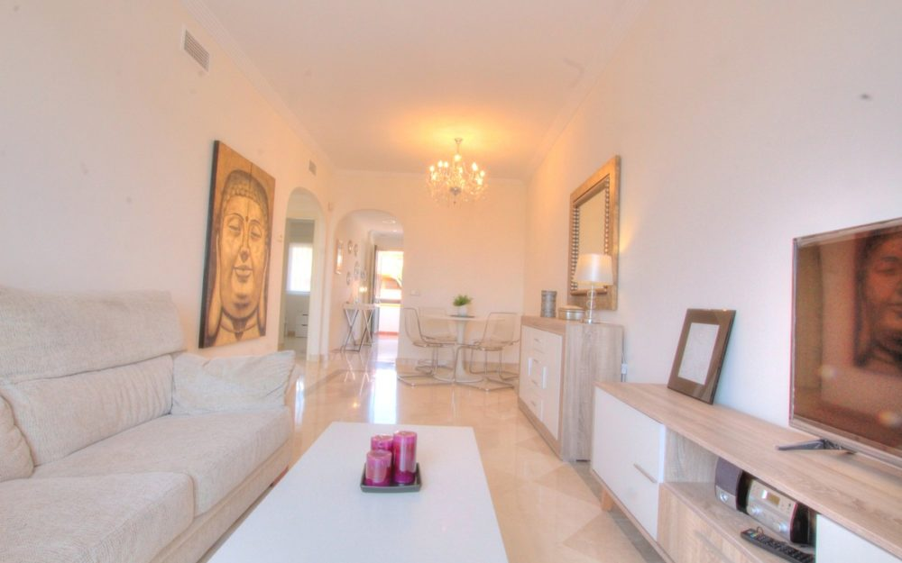 Nice apartment with golf view – R3482938
